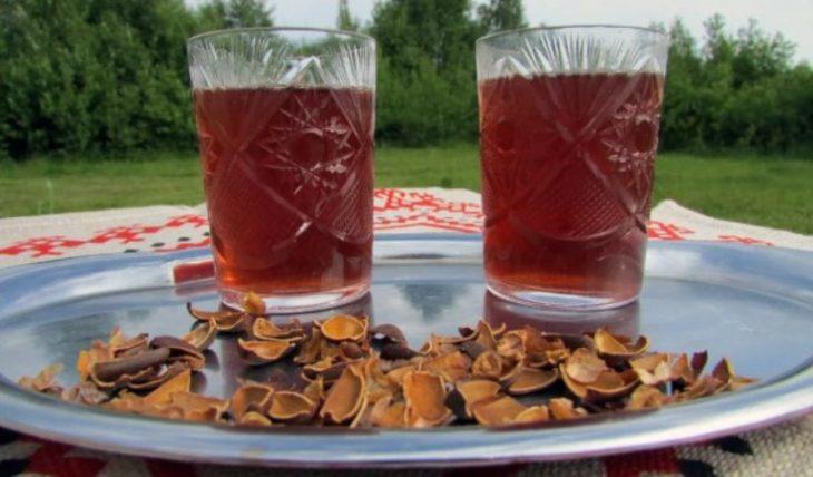 Рецепт пряной Алтайской настойки на самогоне